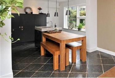 Keuken met eiland op maat gemaakt inclusief eikenhouten keukentafel en ...